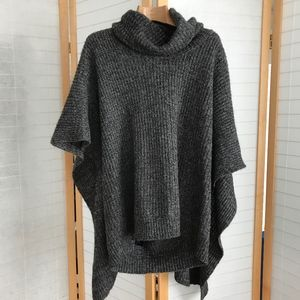 Marc by Marc Jacobs cowl neck sweater cape in grey
